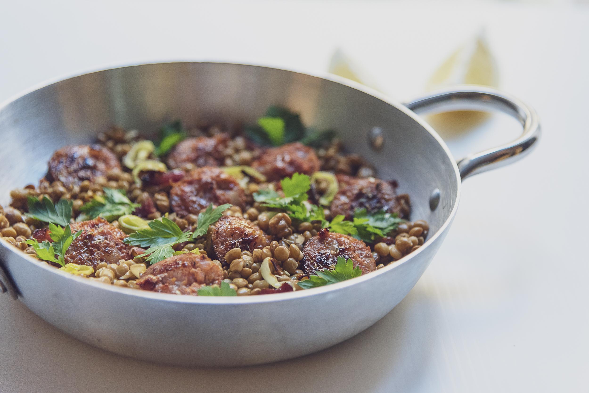 casseruola-salsiccia-lenticchie