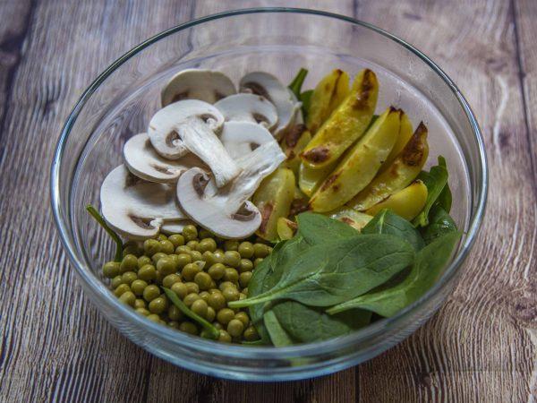 insalata-piselli-funghi