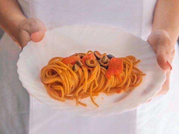 Spaghetti di farro con ragù siciliano